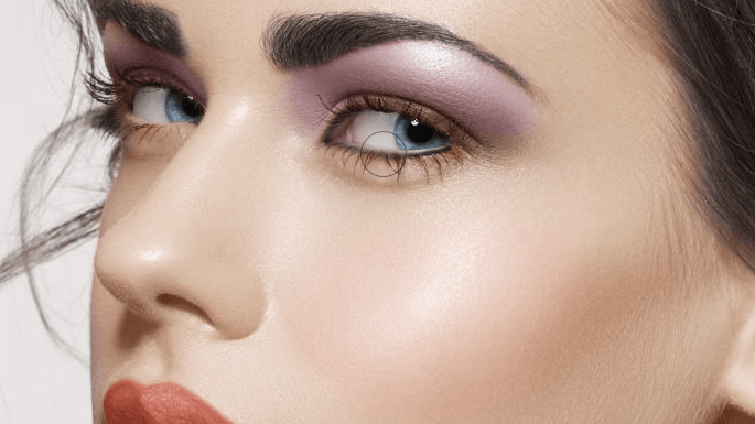 maquillaje-en-photoshop-usando-modos-de-fusion-add-solid-color-eyelines-blur